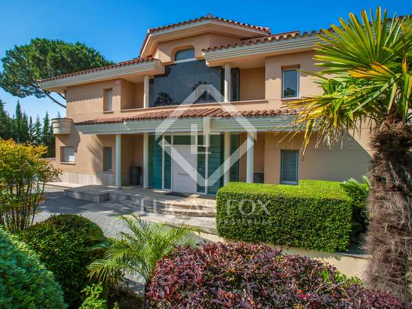 707m² house for sale in Alella, Maresme