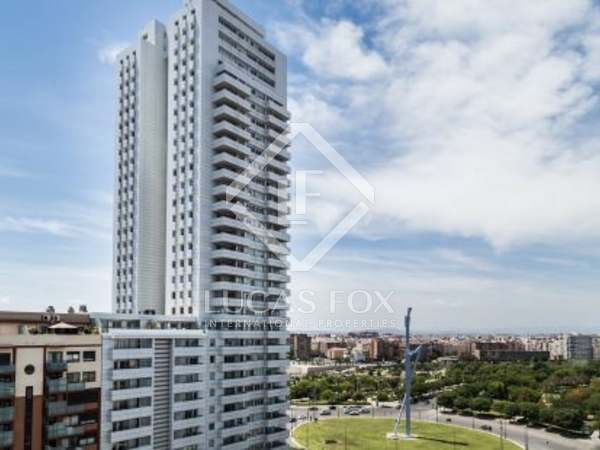 2-bedroom penthouse for rent in modern area of Valencia city