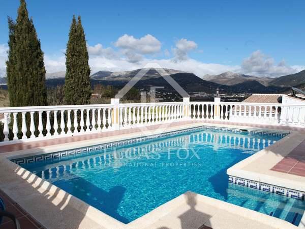 Huis / Villa van 132m² te koop in Axarquia, Malaga