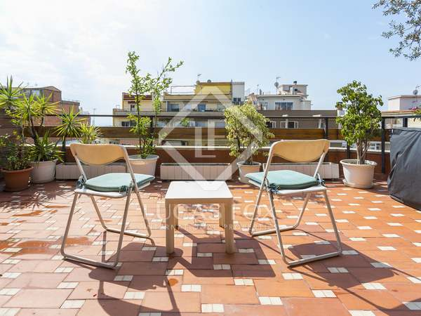 5-bedroom penthouse with 27m² terrace for sale in Gràcia