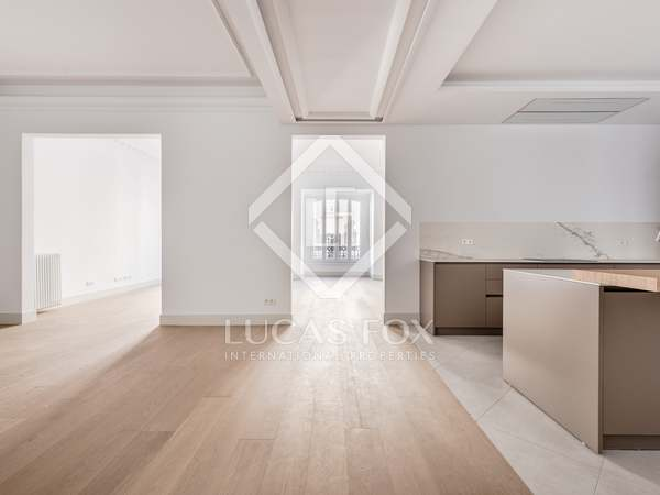 Appartement van 316m² te koop in Recoletos, Madrid