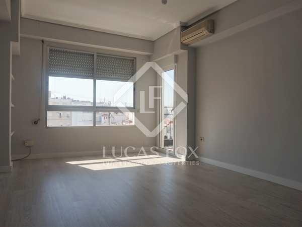 97m² Apartment for sale in El Pla del Real, Valencia