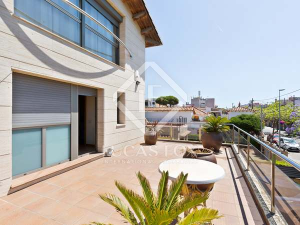 265m² Hus/Villa med 222m² Trädgård till salu i La Pineda