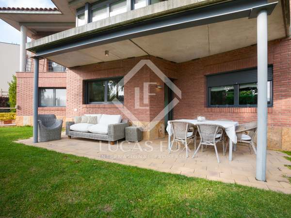 3-bedroom villa for rent in Vallromanes, Maresme coast
