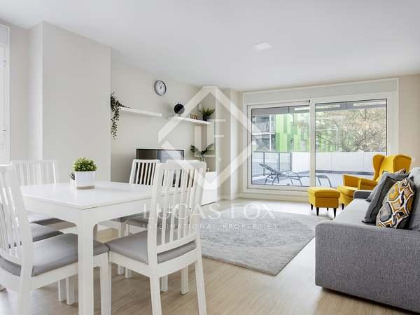 90m² Lägenhet med 51m² terrass till uthyrning i Diagonal Mar