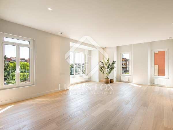 Appartement van 130m² te koop in Tres Torres, Barcelona