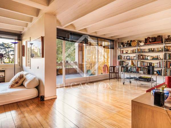 263 m² Apartment with a terrace for sale in Barcelona Inland