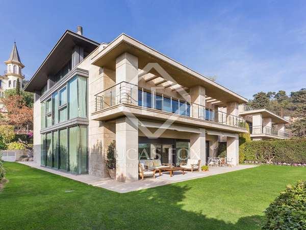 Majestic villa with sea and city views for sale in Zona Alta