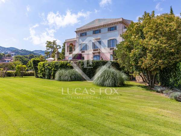 1,050m² Country house for sale in Alella, Barcelona