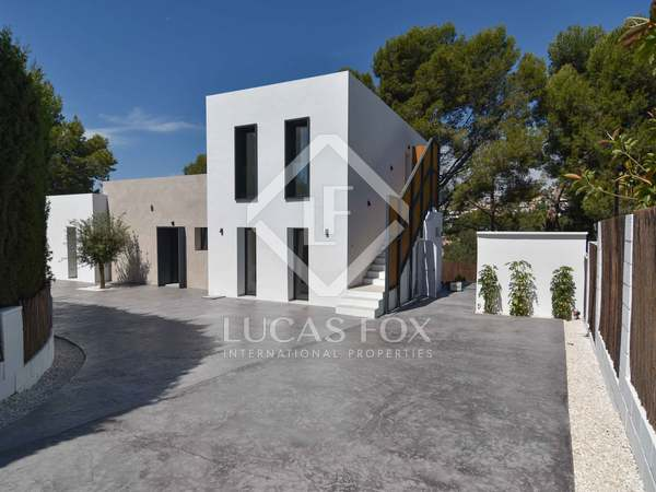 200m² House / Villa with 168m² terrace for sale in Calpe