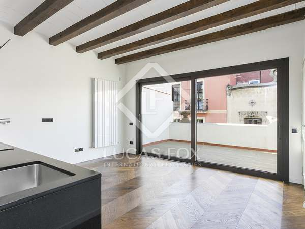 60 m² apartment with 60 m² terrace for rent in Gracia