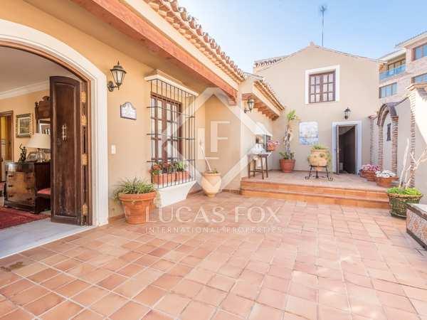 549m² House / Villa with 1,360m² garden for sale in East Málaga