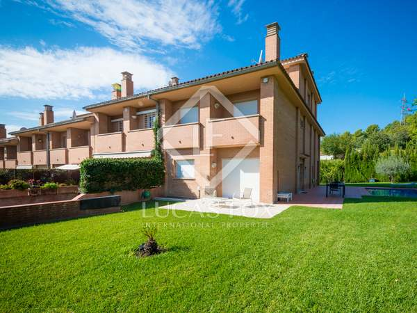 455m² House / Villa with 747m² garden for sale in Sant Just