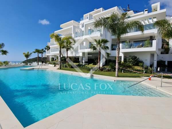 162m² Apartment with 37m² terrace for sale in East Marbella