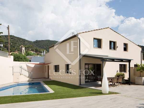 240m² Hus/Villa till uthyrning i Premià de Dalt, Maresme