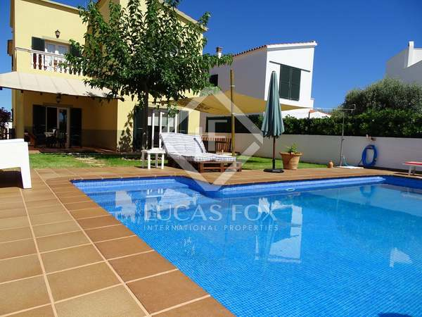 Huis / Villa van 200m² te koop in Ciudadela, Menorca