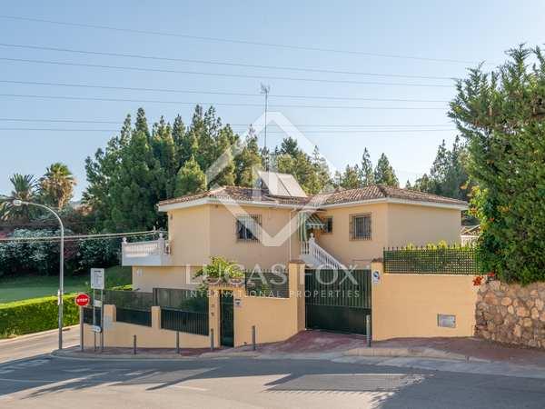Casa / Villa de 355m² en venta en Málaga Este, Málaga