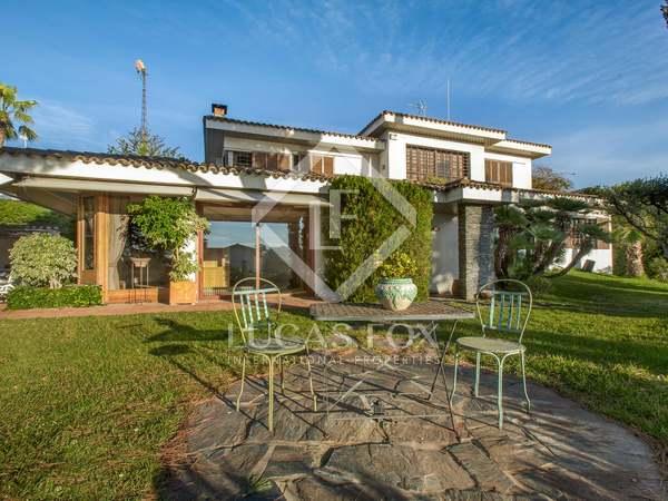 Villa en venta en Alella, costa del Maresme, Barcelona