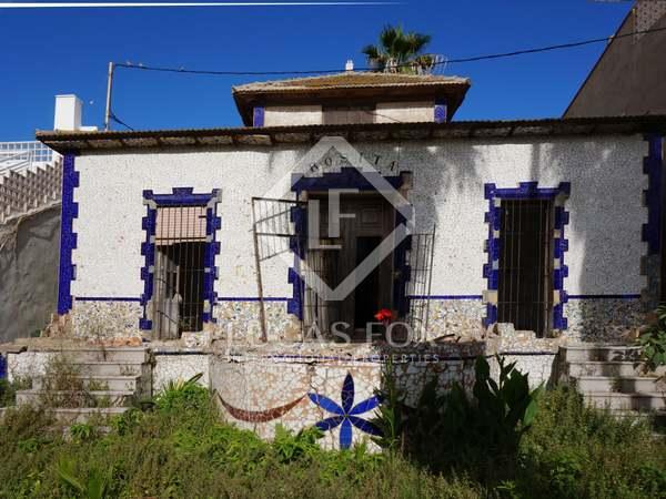 235m² Haus / Villa zur Miete in Playa de la Malvarrosa