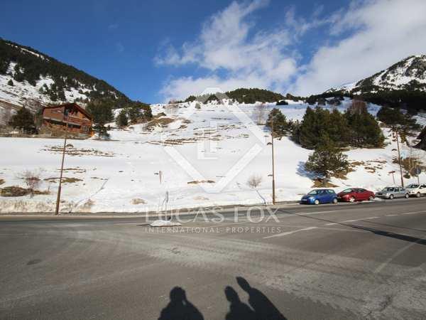 2,000m² Plot till salu i Grandvalira Skidort, Andorra