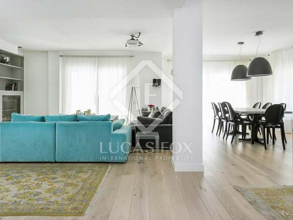 190m² Apartment with 25m² terrace for rent in Tres Torres