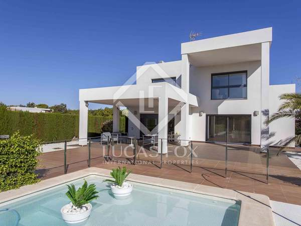 452 m² house for rent in Bétera, Valencia