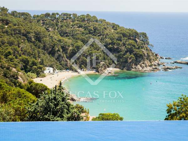 Villa en venta en Lloret de Mar, en la Costa Brava