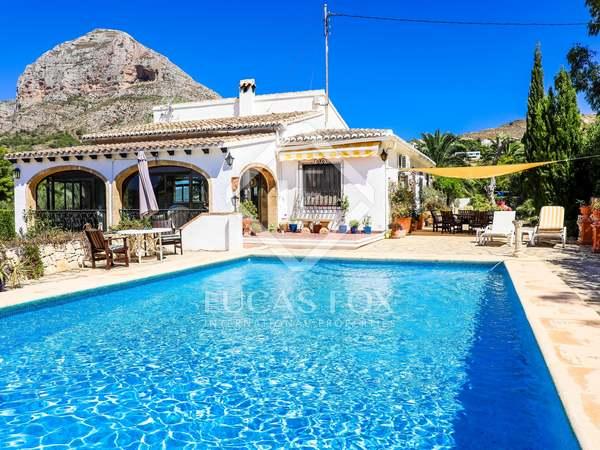 276m² House / Villa for sale in Jávea, Costa Blanca