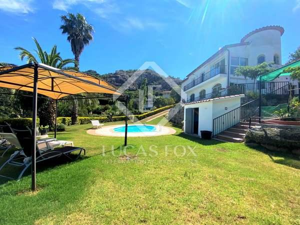 290m² House / Villa for sale in Santa Cristina, Costa Brava