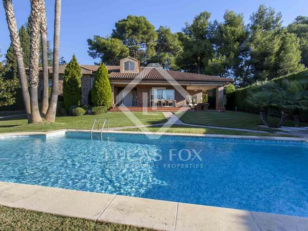 369 m² house for sale in Godella