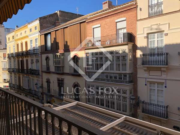 223m² Apartment with 10m² terrace for sale in Centro / Malagueta