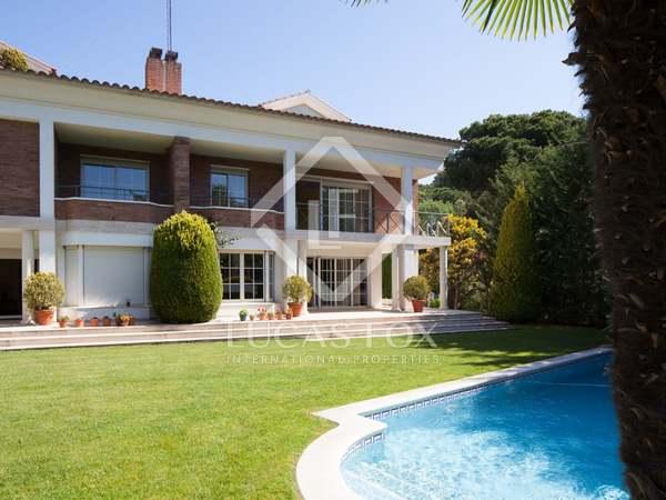 Luxe woning te koop in Sant Cugat de buurt van Barcelona.