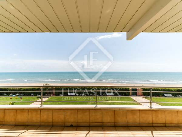 83m² Apartment with 30m² terrace for rent in Gavà Mar
