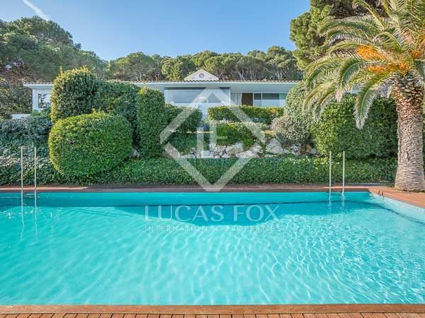 Huis / Villa van 343m² te koop in Sa Riera / Sa Tuna