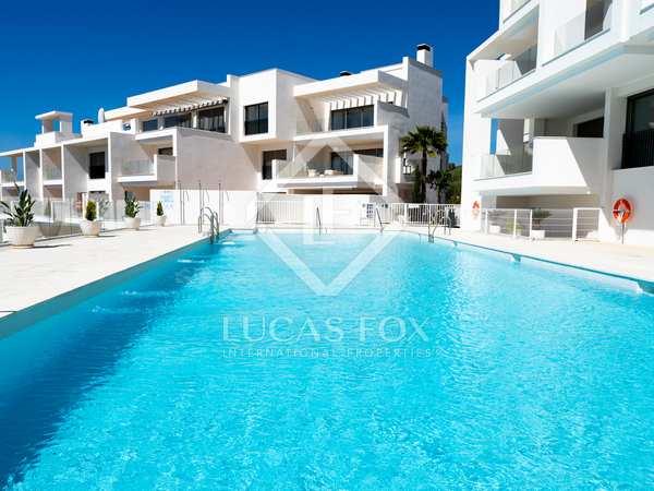Penthouse van 122m² te koop met 213m² terras in Estepona