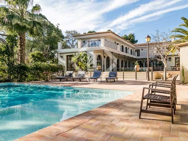 Casa / Villa di 800m² in affitto a Godella / Rocafort