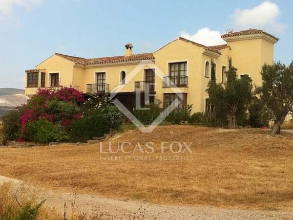 Ruitersport vastgoed van 560m² te koop in Malaga, Andalucía