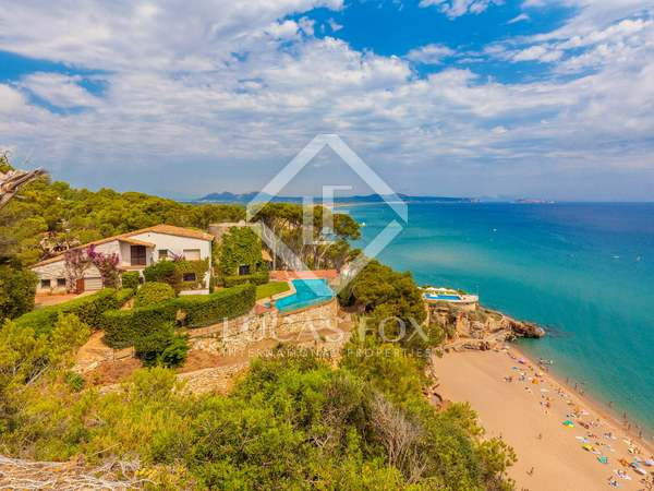 Exclusive frst line Costa Brava property to buy near Begur