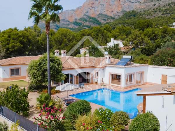 585m² House / Villa for sale in Jávea, Costa Blanca