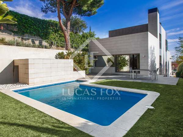 Luxury modern villa to rent in Teià, Maresme Coast