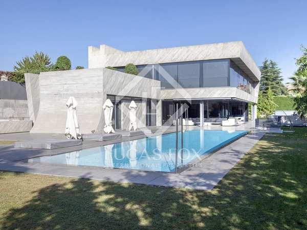 1,100m² Hus/Villa till salu i Aravaca, Madrid