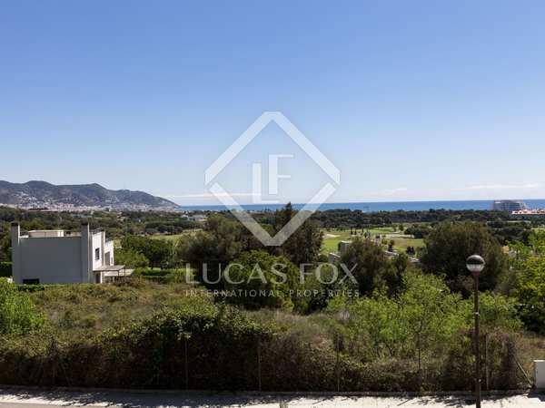 Parcel·la de 1,263m² en venda a Terramar, Sitges