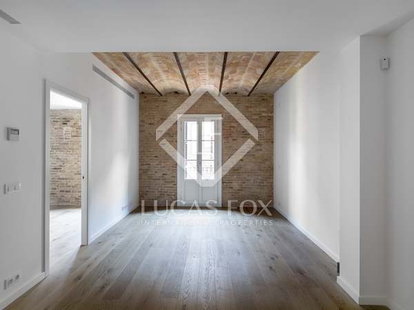 Apartment for sale in Poble Sec, Barcelona