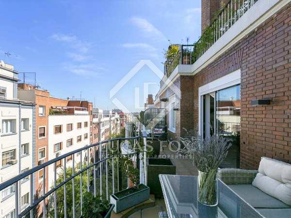 Piso de 170 m² con terraza en venta en Almagro, Madrid