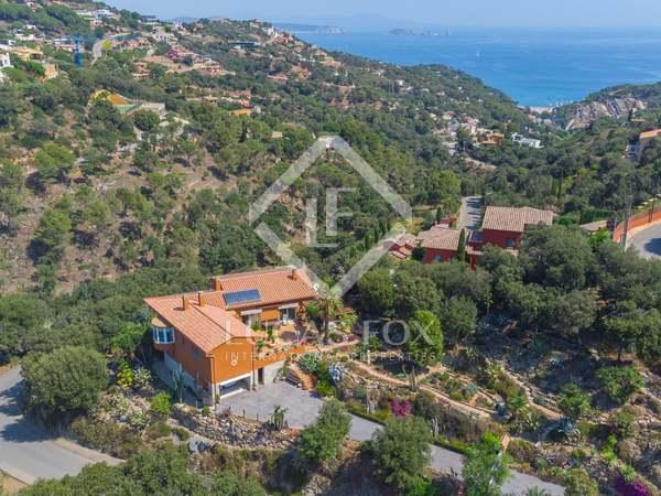 455m² House / Villa for sale in Sa Riera / Sa Tuna