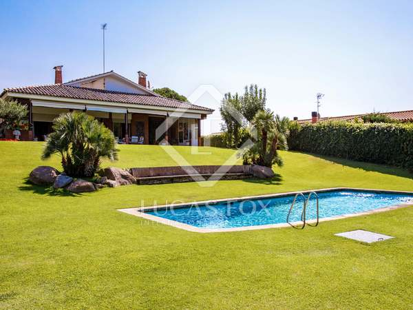 552m² House / Villa with 2,094m² garden for sale in Sant Andreu de Llavaneres
