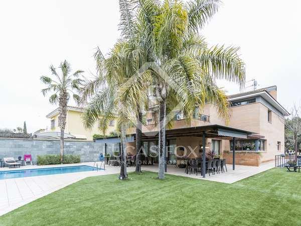 Villa de 545m² en venta en Vilanova i la Geltrú