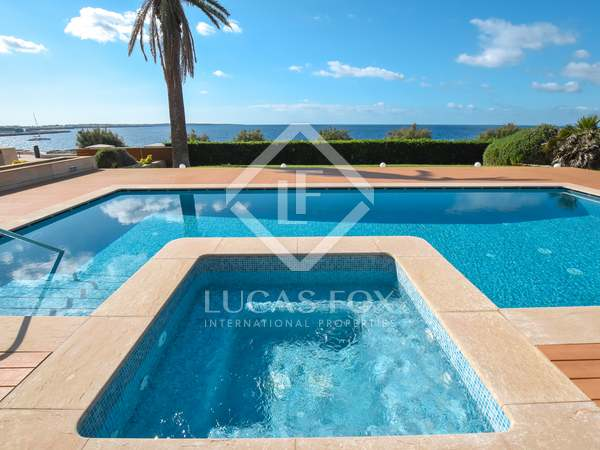 700m² House / Villa for sale in Ciudadela, Menorca