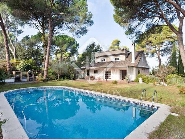 358m² House / Villa for sale in Sant Cugat, Barcelona