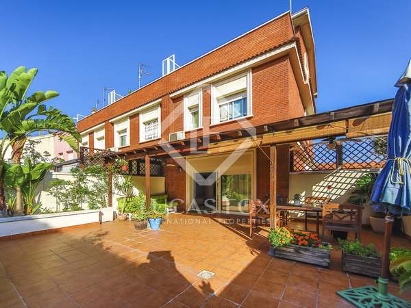 302m² House / Villa with 65m² terrace for sale in Vilanova i la Geltrú